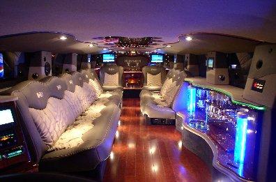 lux limousine location de limousine montr al airport business weddings city tours. Black Bedroom Furniture Sets. Home Design Ideas
